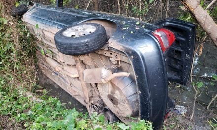 Acidente na PA-458 deixa três feridos