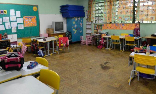 Distrito Federal revoga o decreto que reabria comércio e escolas