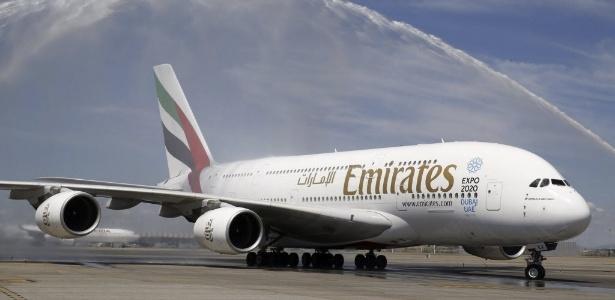 Emirates pode suprimir até 9.000 postos de trabalho