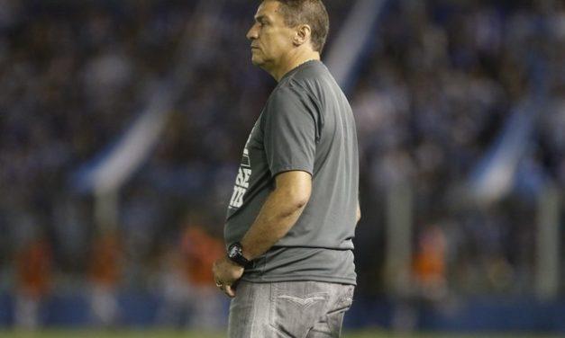"""Águia volta aos treinos na segunda-feira e Galvão promete """"surpresa"""" no retorno ao Parazão"""