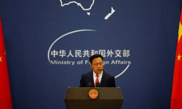 China promete retaliação após Trump encerrar tratamento preferencial de Hong Kong