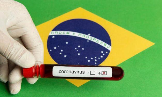 Brasil se aproxima de 2 milhões de casos após covid-19 disparar em um mês