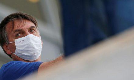 Bolsonaro volta a defender uso de hidroxicloroquina no tratamento da covid-19