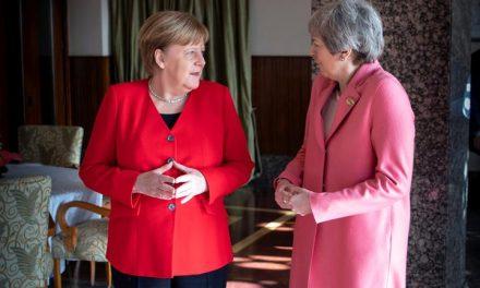 Líderes da UE se reúnem para terceiro dia de negociação sobre fundo de recuperação