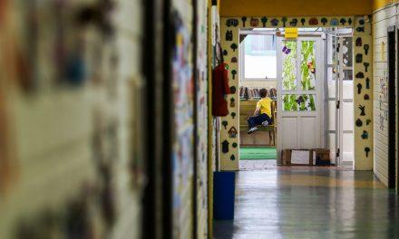 Nove estados e o DF têm previsão de retomada das aulas presenciais na rede pública até setembro