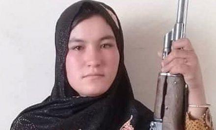 Afeganistão: garota de 16 anos se vinga e mata talibãs após morte dos pais