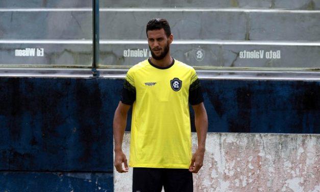 Transferência para Israel não vinga e zagueiro volta a treinar com o elenco do Remo