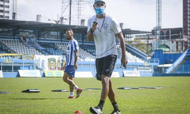 Prestes a iniciar 5ª semana de treinos, preparador do Paysandu avalia nível físico e lesões do time