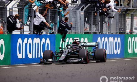 """Mercedes rebate críticas: """"A previsibilidade não é culpa de quem se esforçou para estar na ponta"""""""