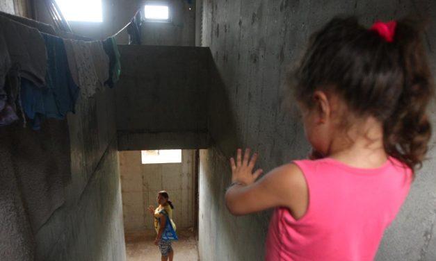 Bolsonaro veta preferência a mãe solteira para receber auxílio