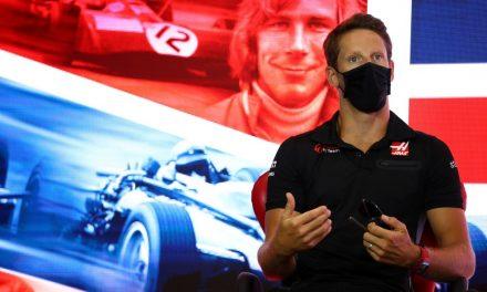 Grosjean diz que se entendeu com Hamilton a respeito dos protestos antirracistas na F1