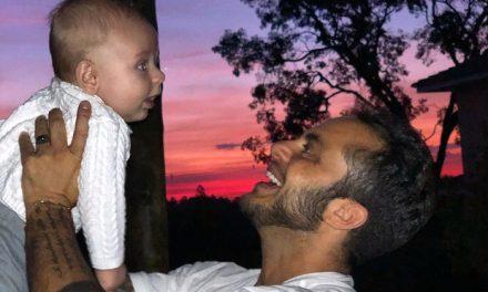 """Thammy Miranda posta clique fofo com Bento e dispara: """"Ser pai é assumir suas responsabilidades"""""""