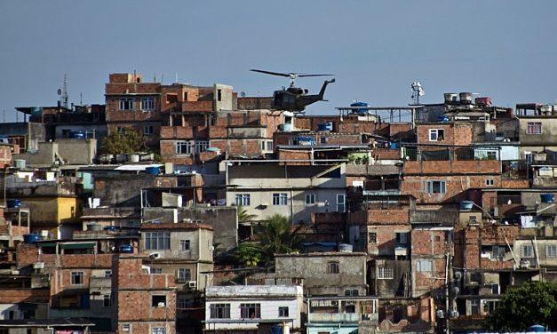 Seis ministros votam pela suspensão de operações policiais no RJ durante pandemia