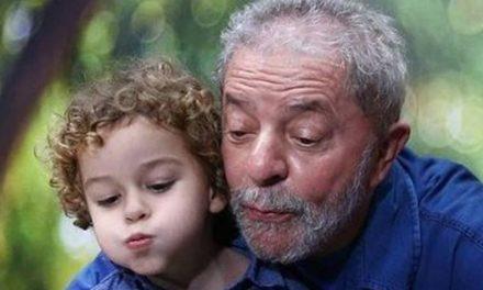 Justiça identifica donos de perfis que comemoraram a morte do neto de Lula