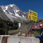 Itália retira 25 famílias dos Alpes por risco de desabamento de geleira