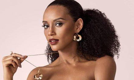 """Nua, Taís Araújo mostra curvas ao relembrar ensaio sensual e brinca: """"Sem roupa e sem legenda"""""""