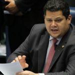 Congresso promulga MP que regulamenta auxílio a setor cultural