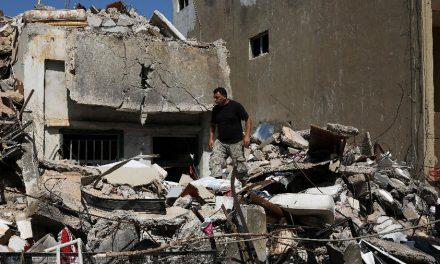Dez dias após explosão, novos corpos são encontrados em Beirute