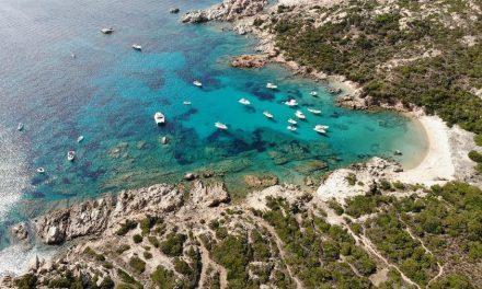 Centenas de turistas são isolados em resort na Itália