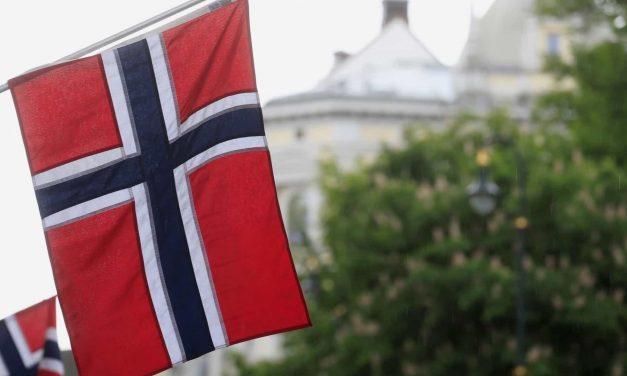 Noruega expulsa diplomata russo envolvido em caso de espionagem