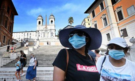 Na Itália o coronavírus viaja com as pessoas de férias