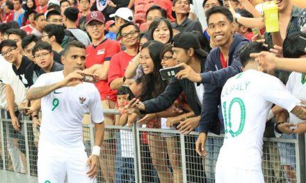 """Destaque da seleção da Indonésia, Ex- Remo fala de futebol no país: """"São apaixonados"""""""
