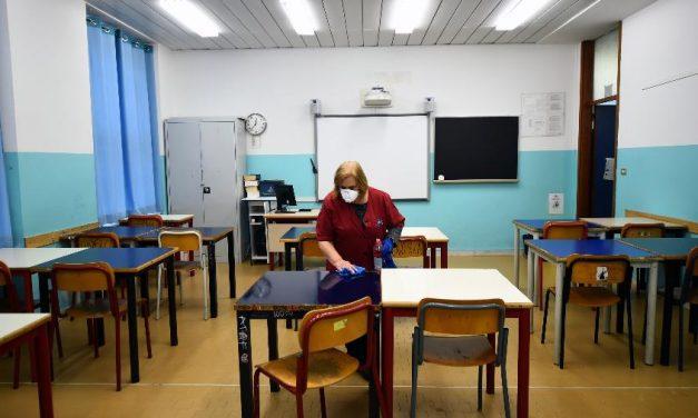 Itália prevê aumento dos casos de covid-19 após reabertura das escolas