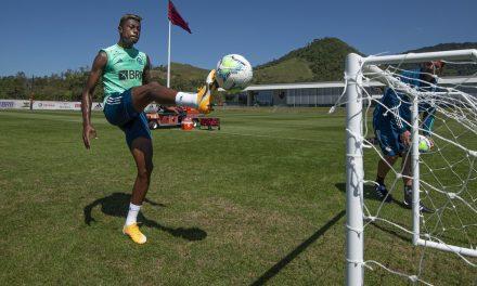Flamengo não terá Diego Alves e Bruno Henrique neste sábado; Gabigol e Gerson voltam