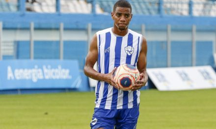 """Mesmo na vantagem, Uilliam diz que Paysandu tem que """"focar ainda mais"""" no Re-Pa decisivo"""
