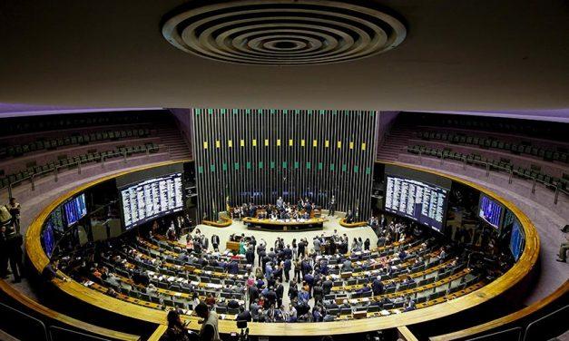 Líderes buscam acordo para derrubar veto à desoneração da folha de pagamento de empresas