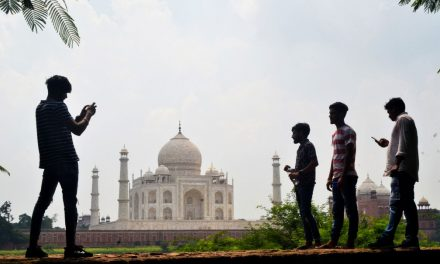 Taj Mahal vai reabrir as portas apesar do avanço da pandemia na Índia