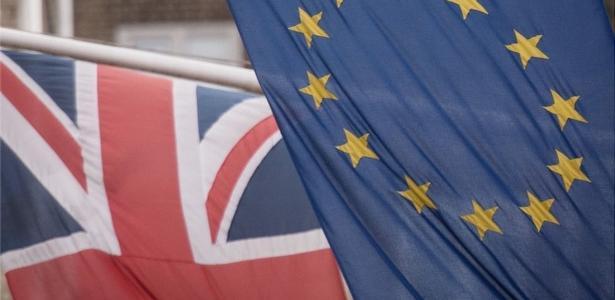 Brexit: em clima de tensão, Reino Unido e UE retomam negociações para finalizar divórcio