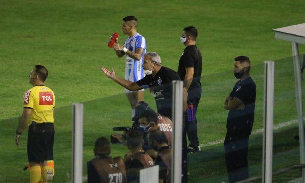 Eliminado invicto em 2019, Hélio dos Anjos já acumula três derrotas na Série C da temporada