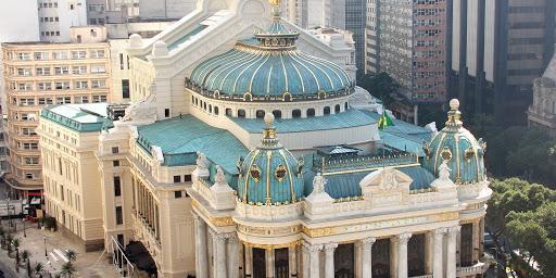 Cinemas e teatros do Rio são autorizados a reabrir a partir de segunda-feira