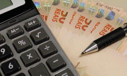 Novas regras salariais para servidores gerariam economia de R$318 bi, estima Ipea