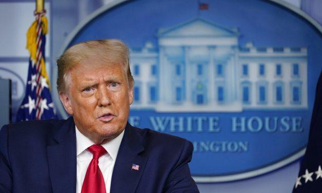 Ex-modelo acusa Trump de abuso sexual