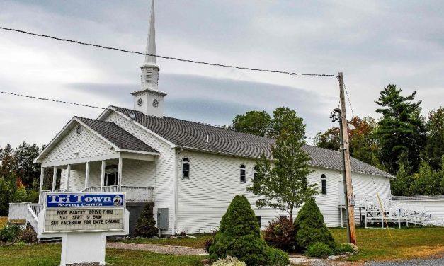 Da festa à tragédia: 7 mortos e 177 infectados pela covid-19 em casamento nos EUA