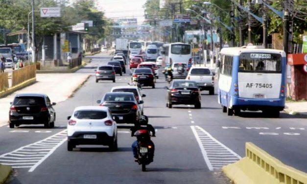 Motoristas podem garantir descontos de IPVA para finais de placa 70 a 90 até segunda-feira, 28