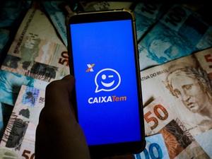 Candidatos com patrimônio milionário receberam ajuda de R$ 600, diz jornal