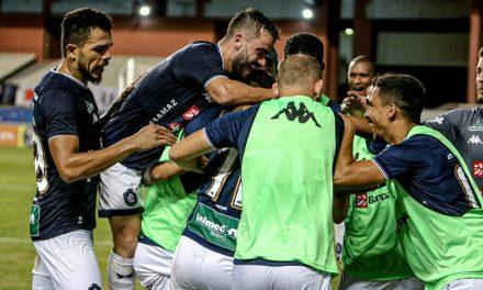 """Gols perdidos preocupam, mas Bonamigo exalta entrega e prevê volta da confiança: """"Vitaminada mental"""""""