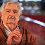 José Mujica, ex-presidente do Uruguai, anuncia saída da política