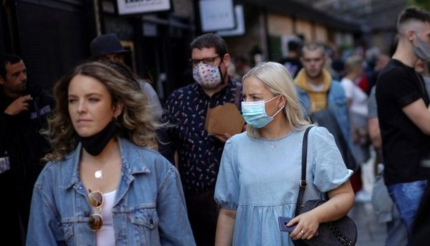 Coronavírus: Inglaterra ameaça multar em até R$ 71 mil quem não respeitar isolamento