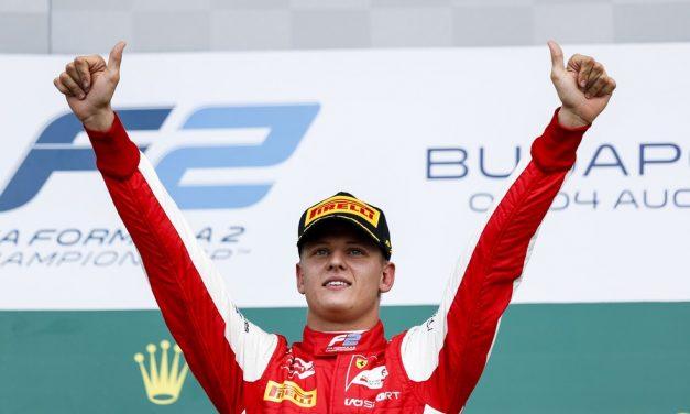 Mick Schumacher estreará na F1 com Alfa Romeo em treino livre do GP de Eifel, na Alemanha