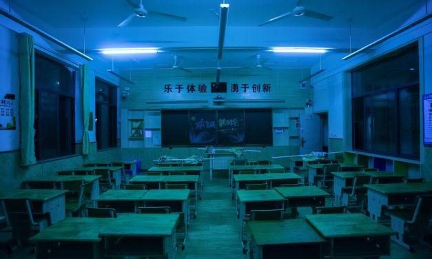 Professora chinesa é condenada à morte por envenenar 25 alunos