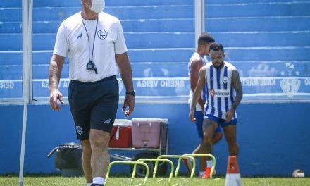Um sai e outro chega: Paysandu oficializa troca na preparação física da equipe profissional
