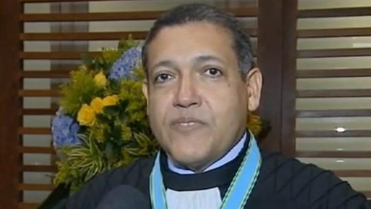 Advogado Wassef aproximou desembargador Kassio Nunes Marques da família Bolsonaro