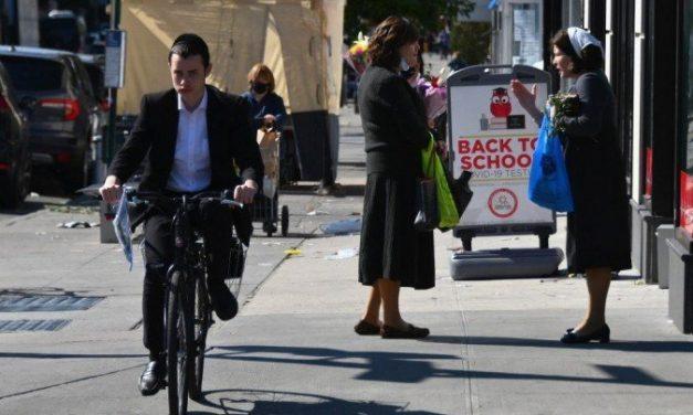 Judeus ortodoxos de Nova York rejeitam restrições para conter covid-19