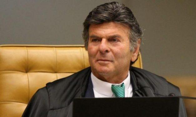 """Fux """"descredita STF"""" e age como justiceiro, diz Marco Aurélio Mello"""