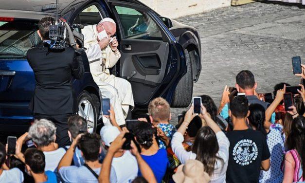 México pede ao Papa Francisco empréstimo de manuscritos indígenas da biblioteca do Vaticano