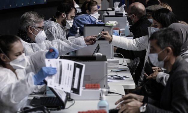 Premiê francês não descarta quarentenas parciais contra avanço da Covid-19